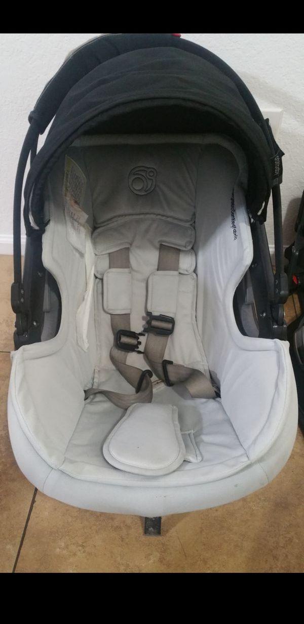 Orbit Baby G3 Car seat