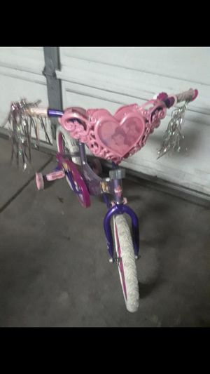 Princess bike in good condition with extra training tires for only $23 come and pick up for Sale in Chula Vista, CA