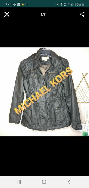 Brand new michael kors anorak jacket! XS for Sale in Puyallup, WA