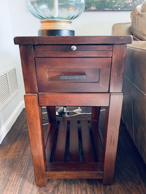 Coffee table and side tables set for Sale in Raleigh, NC