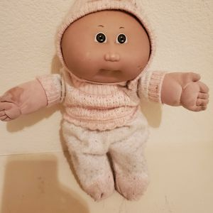 """Cabbage patch baby. Brown skin, 1992, 14"""". for Sale in Phoenix, AZ"""