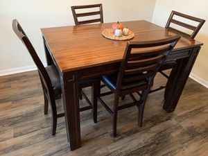 Counter Height Dining Table / Extendable Table for Sale in Conroe, TX