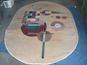 "7' 4.5"" x 5' 3.5"" Oval Rug for Sale in Peoria, AZ"