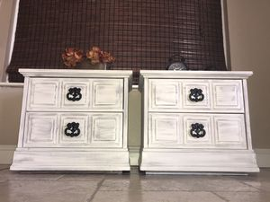 Set of nightstands for Sale in Rancho Cucamonga, CA