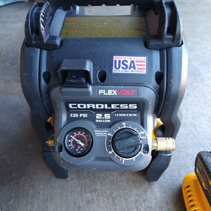 Dewalt Air Compressor Cordless In Great Condition Battery And Charger for Sale in Las Vegas, NV