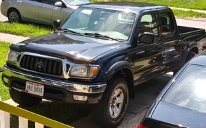 Toyota tacoma TRD 4×4 for Sale in Cleveland, OH