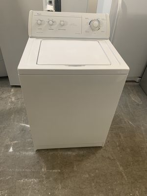 Washer brand whirlpool everything is good working condition 90 days warranty for Sale in San Leandro, CA