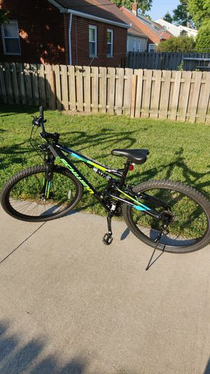 """Schwinn knowles 29""""21-speed for Sale in Parma, OH"""