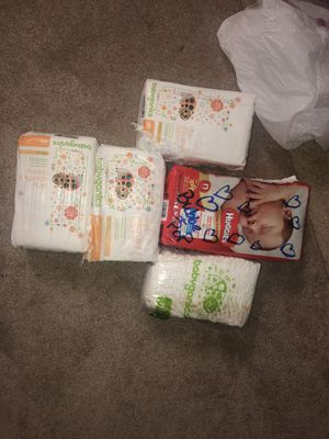 150 Newborn Diapers for Sale in Baltimore, MD
