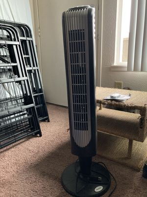 Holmes tower fan sell or trade. for Sale in Seattle, WA