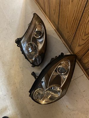 2003-2007 Infiniti G35 coupe headlights for Sale in Palos Hills, IL