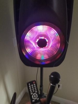Technical pro powershake speaker for Sale in Tampa, FL