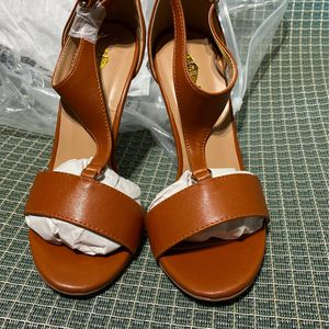 Women's Brand New Brown Tan Strap High Heel Shoes for Sale in Little Egg Harbor Township, NJ