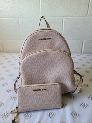 pink MK backpack and wallet authentic for Sale in Lincoln Acres, CA