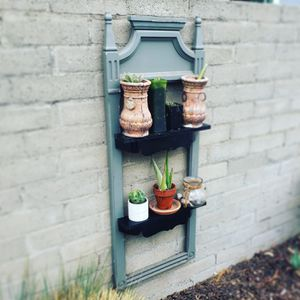 Hanging wall self.. bar, floating garden for Sale in Los Angeles, CA