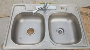 Kitchen sink with faucet for Sale in Las Vegas, NV