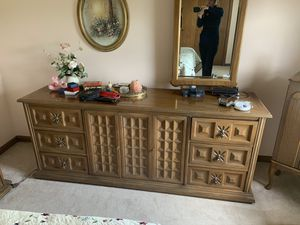 Bedroom set for Sale in S CHEEK, NY