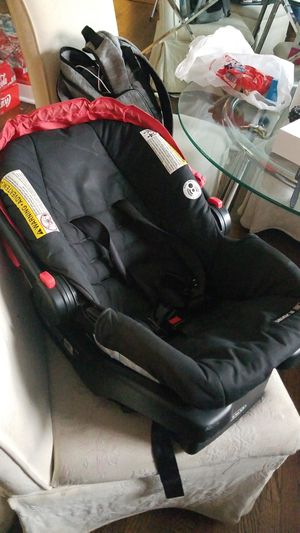 Gracco car seat for Sale in Baltimore, MD