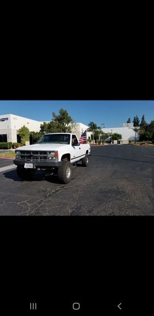 Chevy k1500 5 speed manual 14 bolt rear end for Sale in Corona, CA