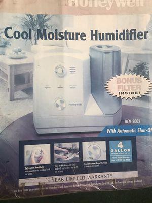 Honeywell Cool Moisture Humidifier for Sale in Lakewood, WA