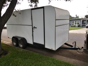 2000 box enclosed trailer 16f long 8f wide for Sale in Riverside, CA