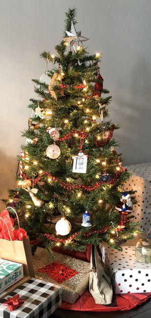 FREE Pre-Lit Christmas Tree for Sale in Arlington, VA