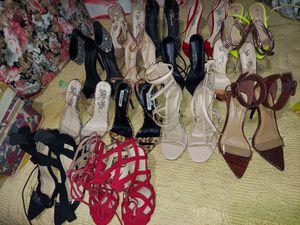 17 pares dw zapatillas today por 100 for Sale in Long Beach, CA