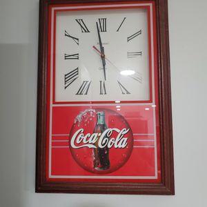 Vintage Working Coca Cola Clock for Sale in Meriden, CT