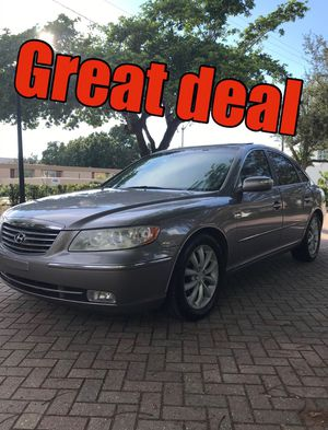 2008 HYUNDAI AZERA LIMITED RUNS GREAT for Sale in Fort Myers, FL