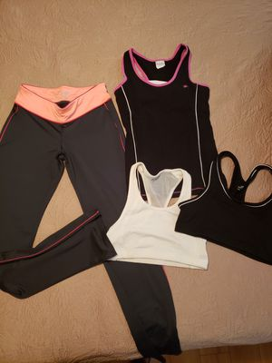 Lady's gym clothes for Sale in Pinellas Park, FL