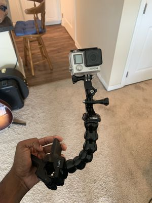 Go pro hero 4 with mount and 32gb sd for Sale in Columbus, OH