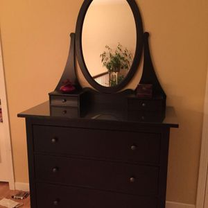 IKEA HEMNES 3-DRAWER DRESSER WITH MIRROR for Sale in Rockville, MD