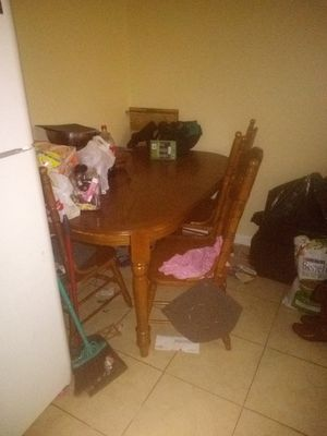 Kitchen table for Sale in Sebring, FL