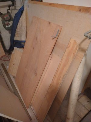 Wood and sheetrock for Sale in Brooklyn, NY