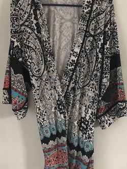Paisley Robe for Sale in Happy Valley,  OR