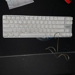 65% Keyboard  for Sale in Mount Madonna, CA
