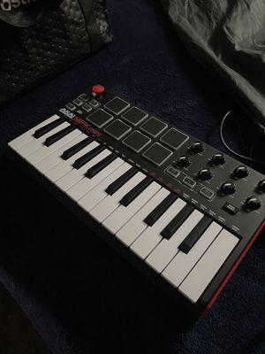 AKAI Professional Mini Keyboard for Sale in St. Petersburg, FL