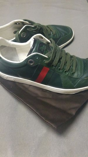 GUCCI SNEAKERS SZ EURO 9 for Sale in Fontana, CA