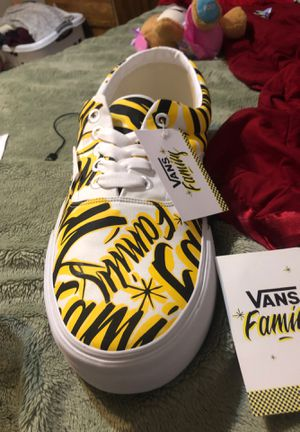 Rare Vans Era Display Vans Family Size 66 Giant Promotional Shoe for Sale in Milpitas, CA