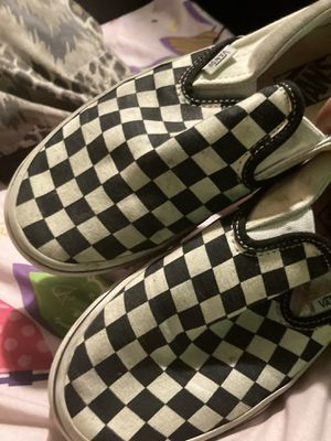 Checkered vans will be washed and sanitized size 7 on woman for Sale in Santa Ana, CA