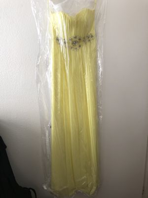 Yellow dress for Sale in Lawndale, CA