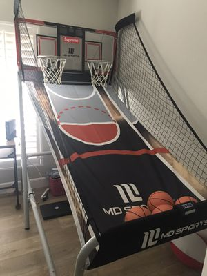 Basketball hoop game for Sale in San Dimas, CA