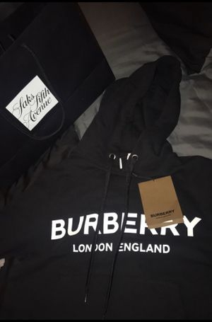 BURBERRY HOODIE for Sale in New Orleans, LA