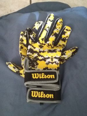 Wilson athletic gloves for Sale in New Port Richey, FL