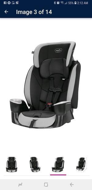 Evenflo Maestro Sport Harness Booster Car Seat for Sale in Hampton, GA