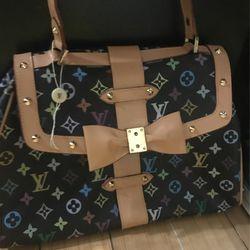 Louis Vuitton Hand Bag for Sale in Las Vegas,  NV