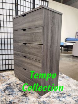 NEW, 5-Chest Drawer, Distressed Grey, SKU# K16068 for Sale in Westminster,  CA