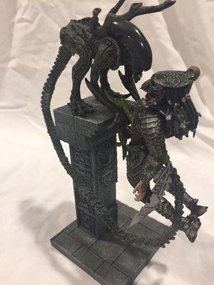 ALIEN VS. PREDATOR [Collectors Figures] for Sale in Oak Glen, CA