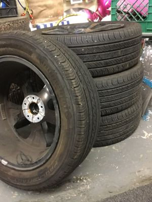 16 inch tires with black rims for Sale in Fairfield, CA