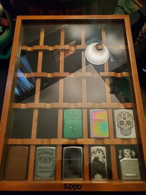 Zippo lighter display case for Sale in Brunswick, OH
